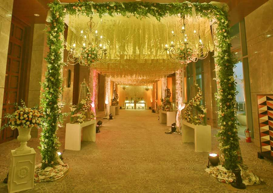 Pre wedding concierge service best couple entrance for Art decoration international pvt ltd